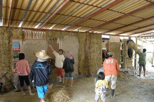 strawhousepan